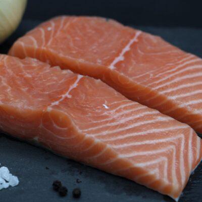 2 pavés de saumon frais de l'épicerie primeur nos champs occitans à montauban