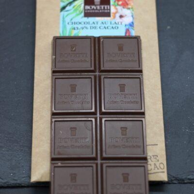 chocolat au lait en tablette de 100 gr de l'épicerie primeur nos champs occitans à montauban