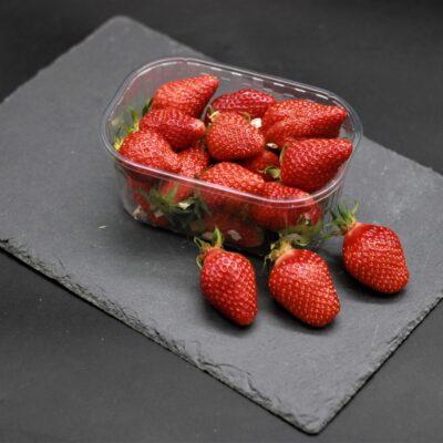 barquette de 250 gr de fraises gariguettes de l'épicerie primeur nos champs occitans à montauban