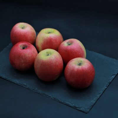 pommes pink lady de l'épicerie primeur nos champs occitans à montauban